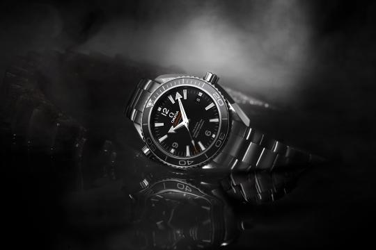 欧米茄海马系列手表