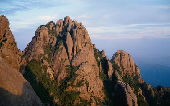 黄山四绝之一奇石