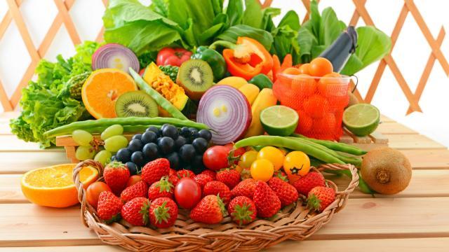 色彩鲜艳的水果蔬菜图片