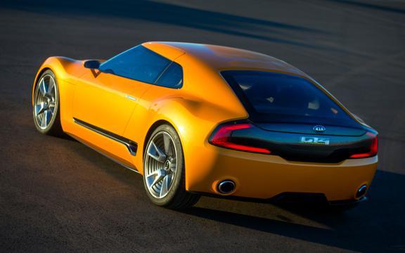 2014起亚GT4 Stinger概念车