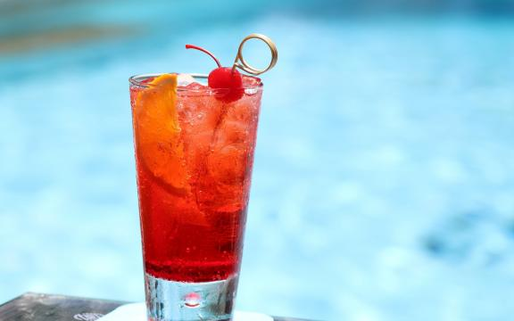 夏日来一杯清凉饮品吧