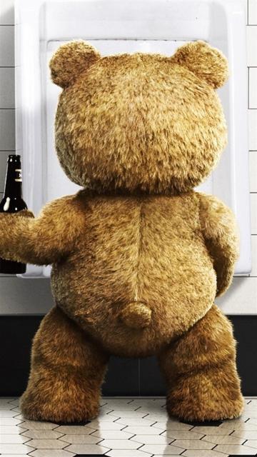 泰迪熊喝啤酒