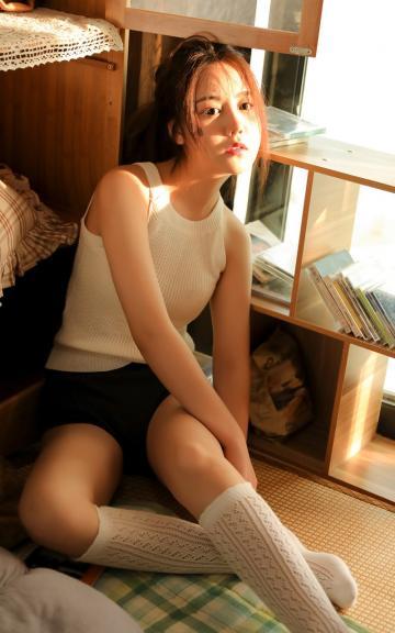 清纯养眼的妩媚女子性感写真