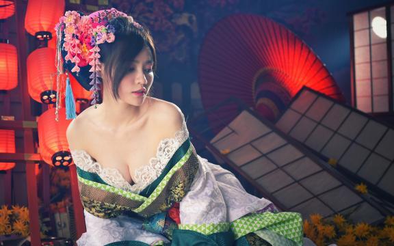 性感妖娆的日本和服美女私房写真
