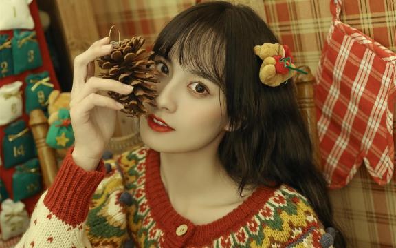 圣诞节少女居家甜美写真