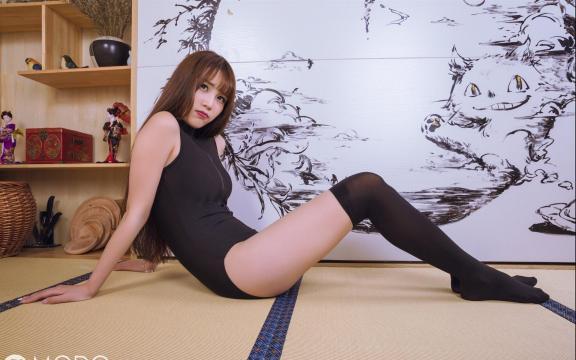 泳衣性感酥胸少妇日式写真