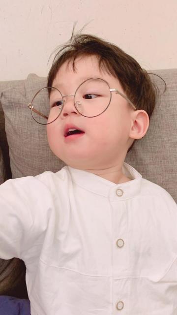 活泼可爱的小男孩李浠晗